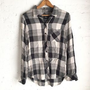 Rails black & white plaid button down size XS